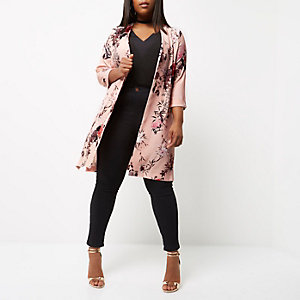 Plus – Pinker Mantel mit Blumenmuster