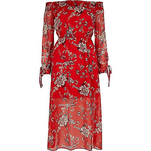 Robe longue rouge à imprimé floral et encolure style Bardot