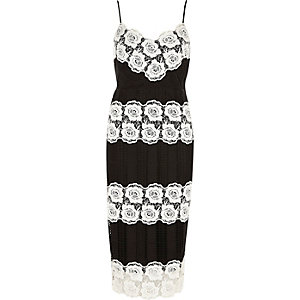 Black and white lace bodycon dress