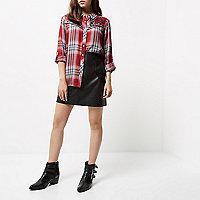 Chemise Petite rouge brodée à carreaux style western