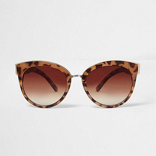 Brown leopard print cat eye sunglasses
