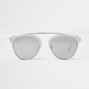 Silver tone brow bar mirrored sunglasses