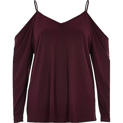 Burgundy ruched cold shoulder top