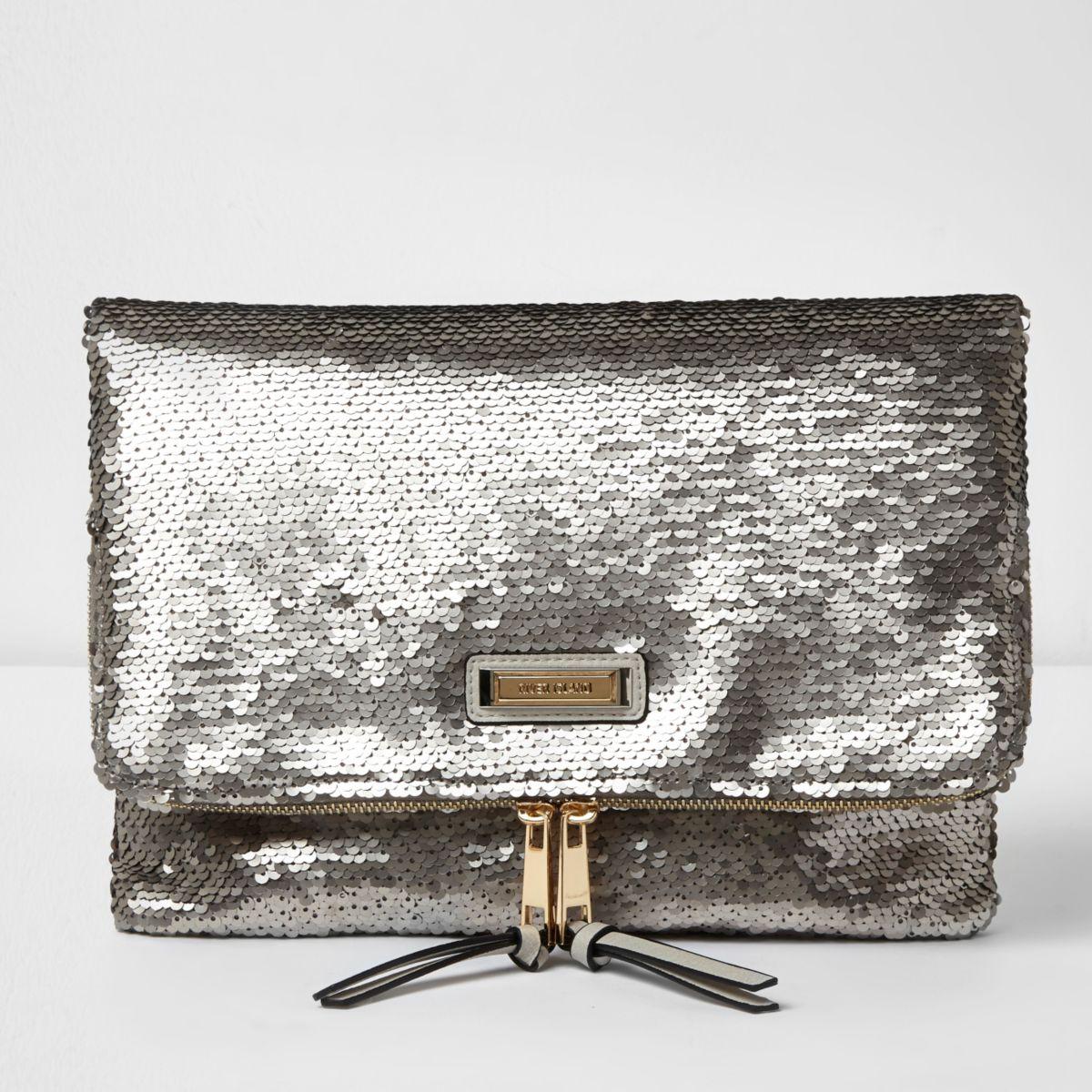 Paillettenverzierte Clutch in Silber