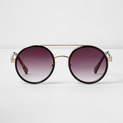 Black round lens sunglasses