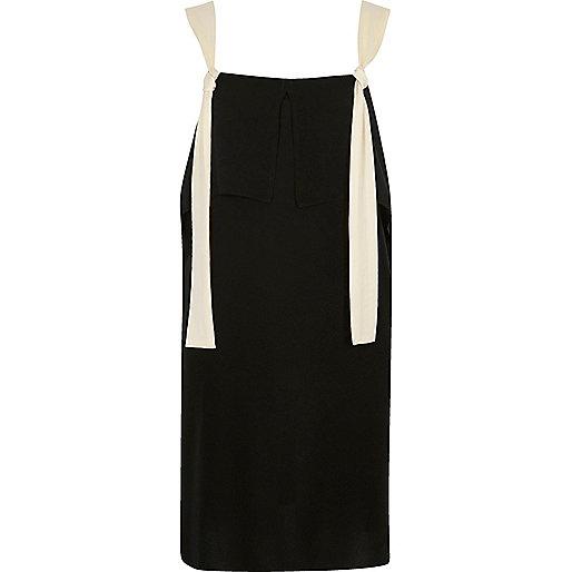 Schwarzes Trägerkleid mit Kontrastdesign