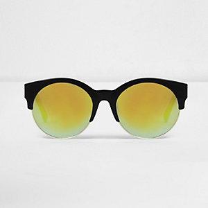 Schwarze, verspiegelte Sonnenbrille