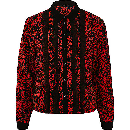 Red contrast print frill shirt