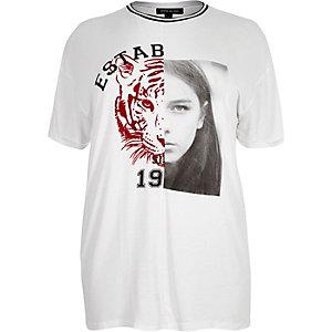 RI Plus white tiger print boyfriend T-shirt