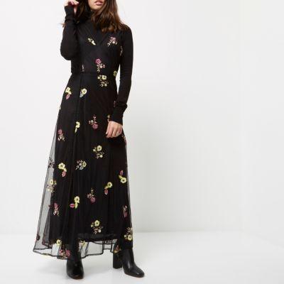 RI Petite zwarte geborduurde maxi-jurk