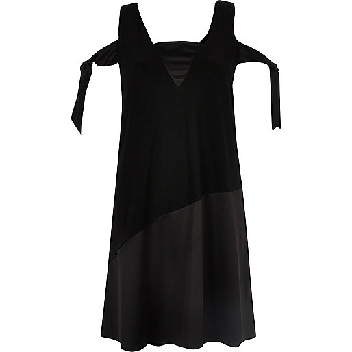 Black tied cold shoulder swing dress