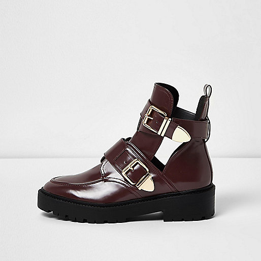 Burgundy patent cut-out buckle boots