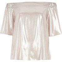 Bardot-Oberteil in Metallic-Pink