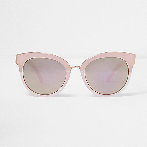 Pink mirrored lens cat eye sunglasses