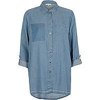 Chemise en jean délavage bleu clair à poche plaquée