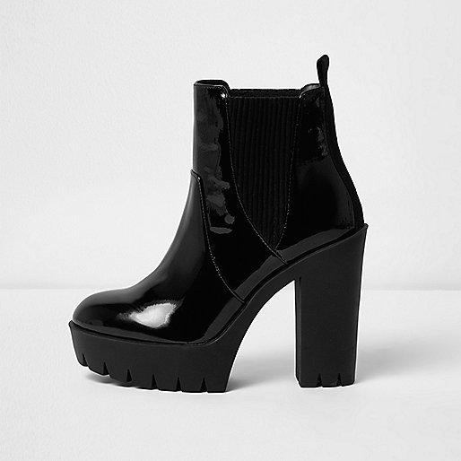 Zwarte lakleren laarzen met profielzool