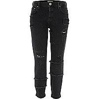 Ashley - zwarte boyfriend jeans met applicaties