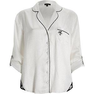 Weißes Pyjama-Oberteil mit Spitzensaum
