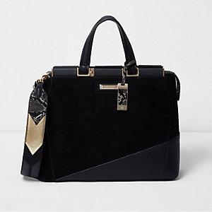 Zwarte rechthoekige handtas met mooie mix van materialen
