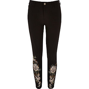 Molly zwarte broek met bloemenborduursel
