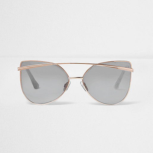 Gold tone cat eye silver lens sunglasses