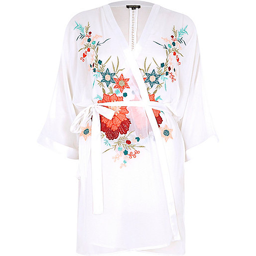 White floral embroidered robe