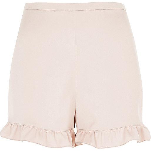 Shorts mit Rüschensaum in Rosa