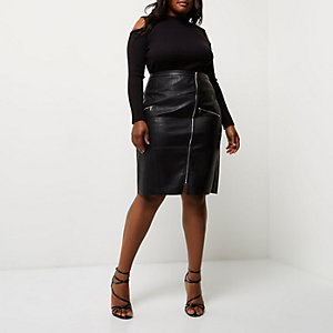 Plus black leather look pencil skirt