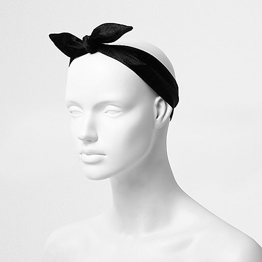 Black velvet multi use hair band