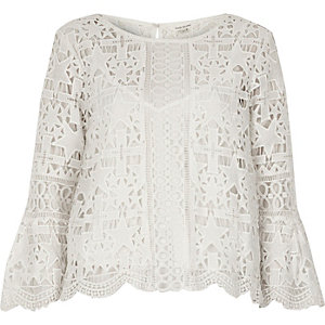 White lace bell sleeve star top