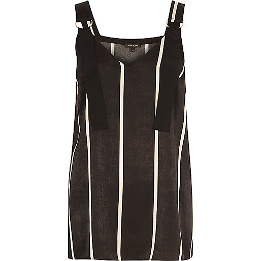 Black stripe D-ring strap tunic
