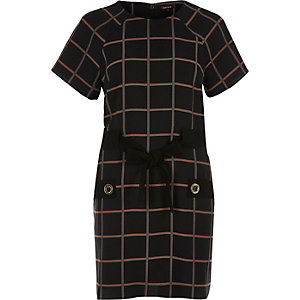 Black check bow tied T-shirt dress