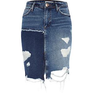 Middenblauwe distressed denim rok met patchwork
