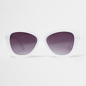 White smoke lens cat eye sunglasses