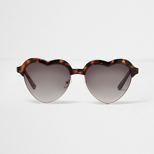 Brown tortoiseshell heart shaped sunglasses