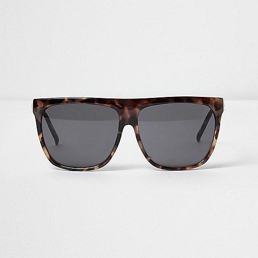 Beige zonnebril met schildpaddenprint en glamoureuze platte brug