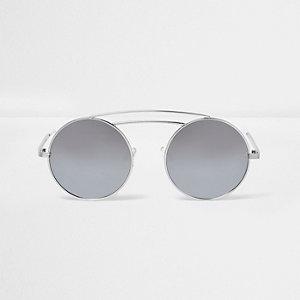 Zilverkleurige zonnebril met ronde glazen en dubbele brug