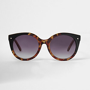 Black mix tortoiseshell cat eye sunglasses