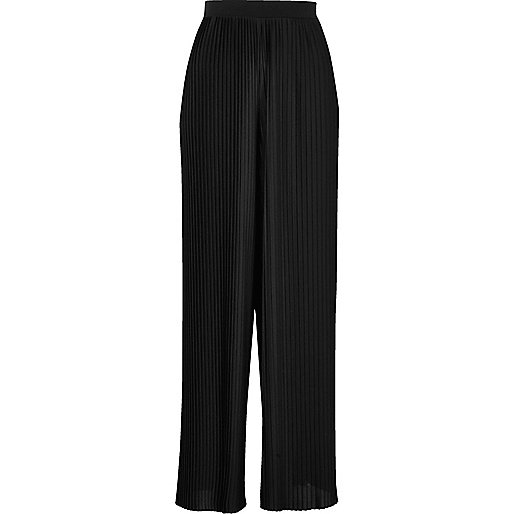 Black pleated wide leg pants