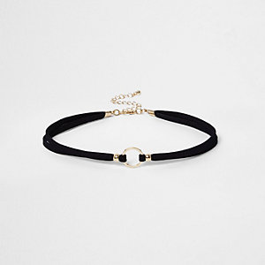 Ras-de-cou noir avec cordon et pendentif circulaire