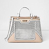 Strukturierte Shopping Bag mit Laserschnittdesign