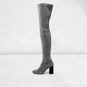 Glitzernde Overknee-Stretch-Stiefel in Silber