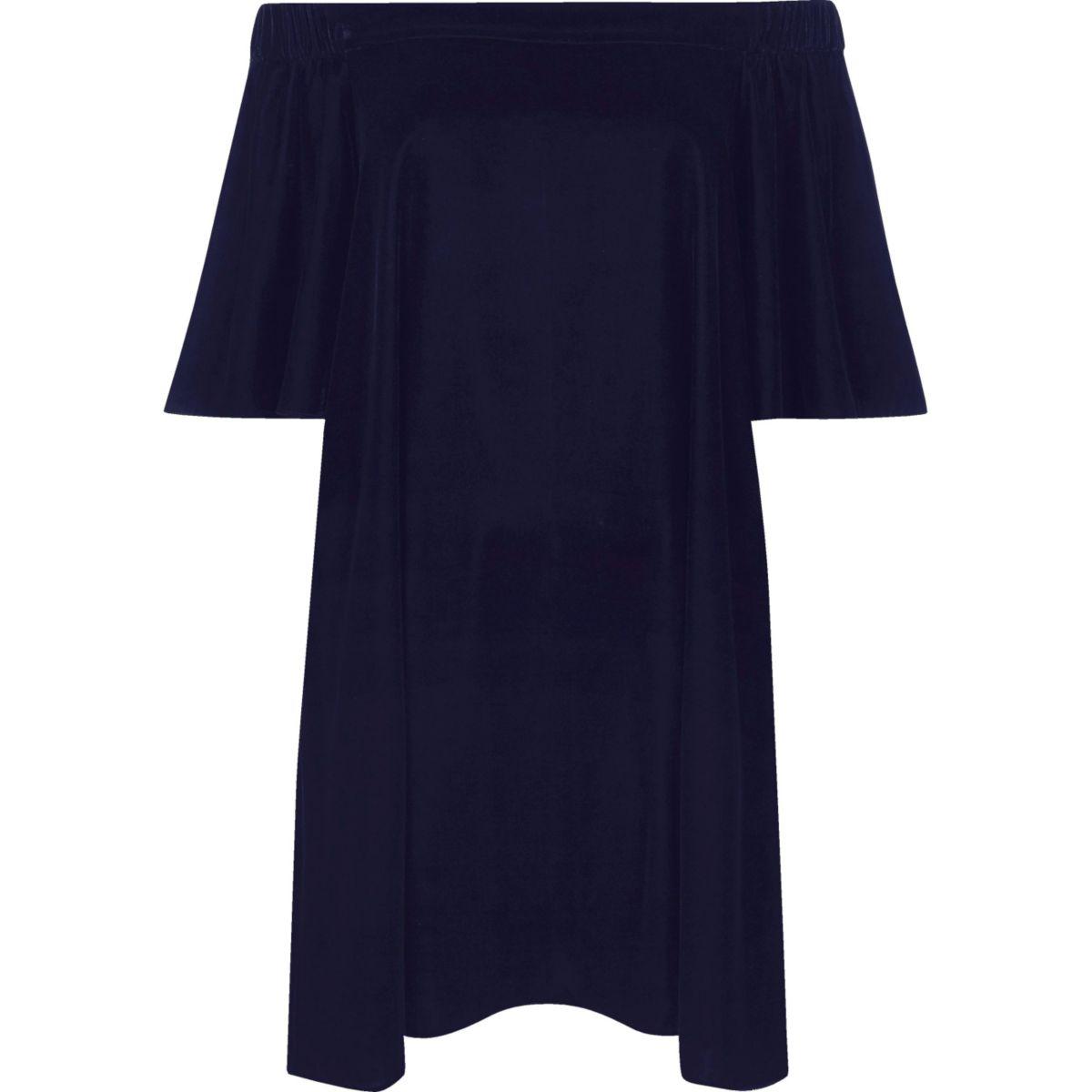Schulterfreies Swing-Kleid aus Samt