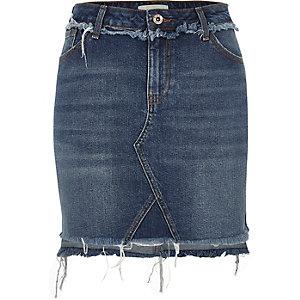 Donkerblauwe denim rok met ongelijke zoom