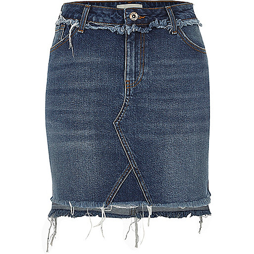 Dark blue stepped hem denim skirt