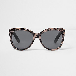 Pink cat eye smoke lens sunglasses