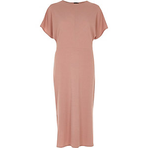 Dark pink batwing sleeve midi dress