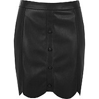 Black leather look scallop hem mini skirt