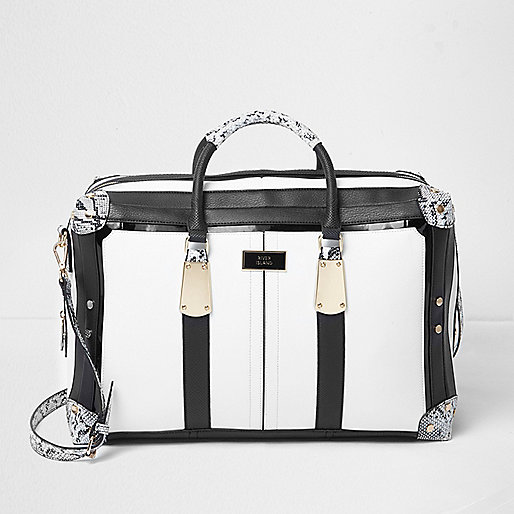 Black and white snake print weekend bag