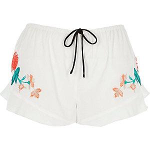 Weiße Pyjama-Shorts mit Blumenmuster